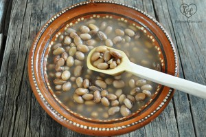 frijoles de olla: a simple and nutritious meal.
