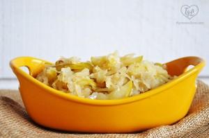 vegan-apple-sauerkraut-dogs