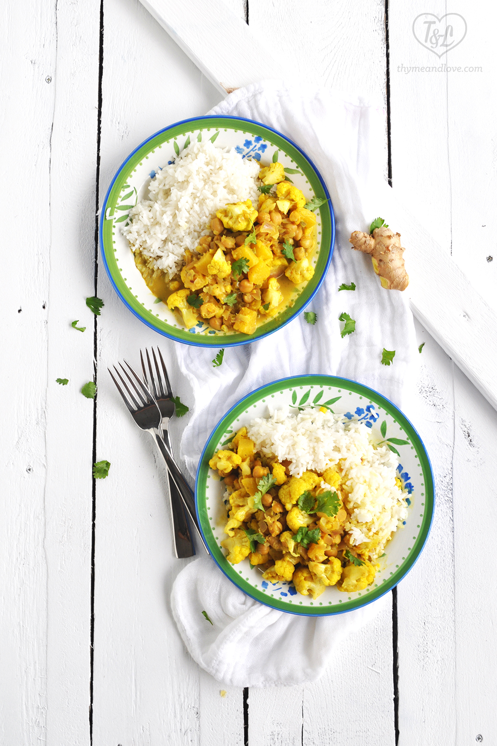 Chickpea Cauliflower Curry with Pineapple. SO good!! An easy curry recipe that comes together quickly! #vegan #curry #plantbased