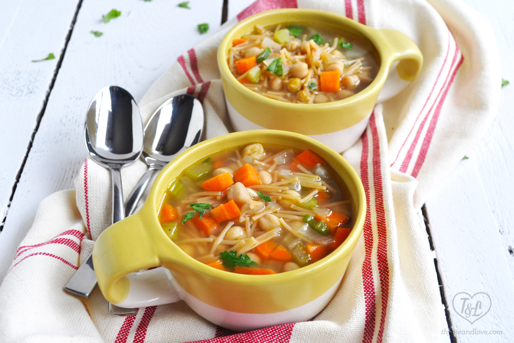 Delicious Vegan Mexican Chickpea Noodle Soup. Simple and comforting soup! #vegan #mexican #soup