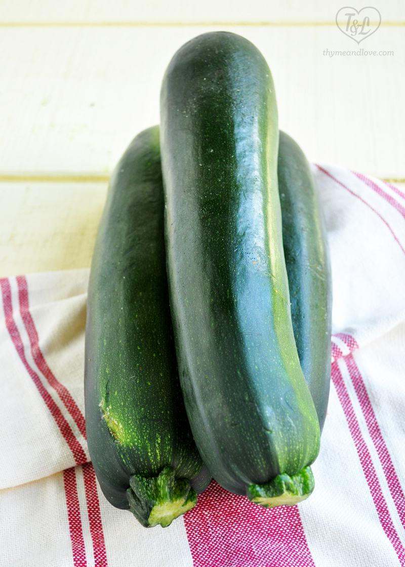 Use up your garden zuchinni by making Zucchini Bread Mini Loaves!