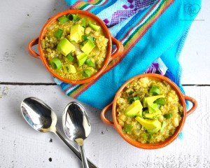 Quinoa Chili Verde #vegan #glutenfree