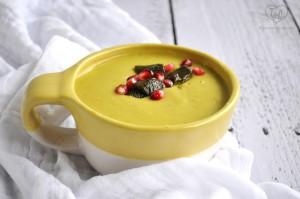 Vegan Cheesy Poblano Soup: thick, creamy and comforting! #glutenfree #vegan #plantbased