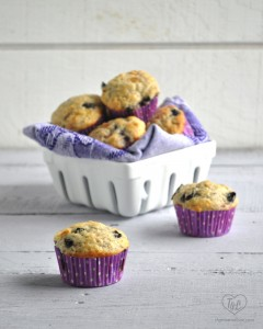 Vegan Concord Grape Muffins make for a sweet breakfast or afternoon pick-me-up! #vegan #muffins