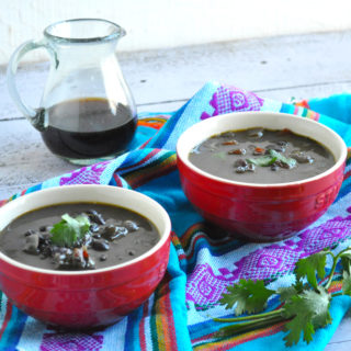 Venezuelan Black Bean Soup: a healthy, nutritious soup that is naturally vegan and gluten-free!