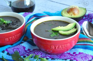 Venezuelan Black Bean Soup: Easy and simple soup recipe that is packed with flavor. Vegan and Gluten-free!