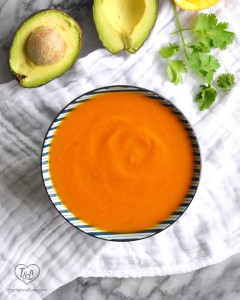 Sweet Potato, Squash and Carrot Soup makes for a healthy, nutritious lunch that's naturally vegan + glutenfree! #vegan #soup