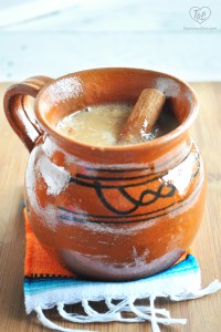 Mexican Atole de Vanilla: a warm masa based drink served during the holidays! #vegan #mexican #glutenfree