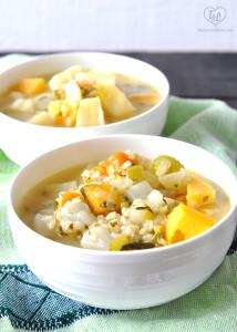 Vegetarian Root Vegetable Stew. Healthy, nutritious stew with lots of root vegetables. #recipe #vegan #glutenfree #stew