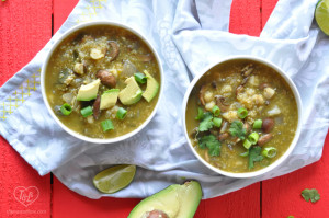 Vegan + GF Mushroom Posole Verde with Quinoa: an easy Vegan weeknight dinner! #vegan #posole #mexican