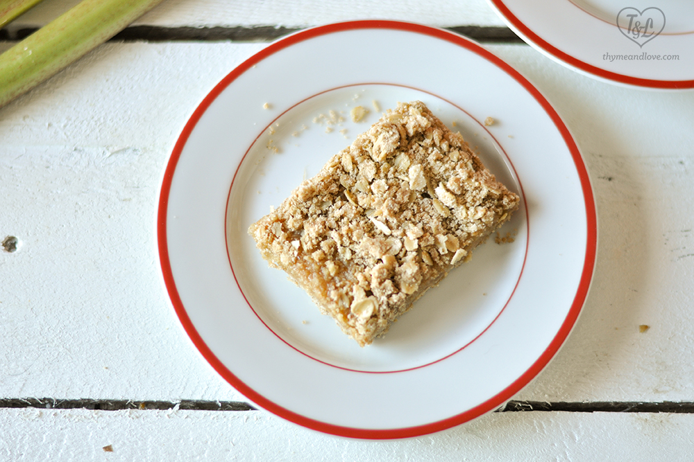 Crumb Bars with a tart, rhubarb filling. #rhubarb #vegan