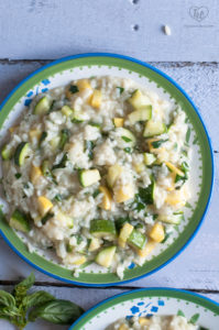 Zucchini Squash Risotto is bursting with veggies and fresh herbs. #vegan #plantbased #glutenfree