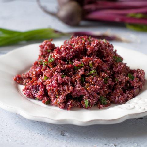 Red Quinoa and Beet Salad with a light vinaigrette. #salad #quinoa #healthy