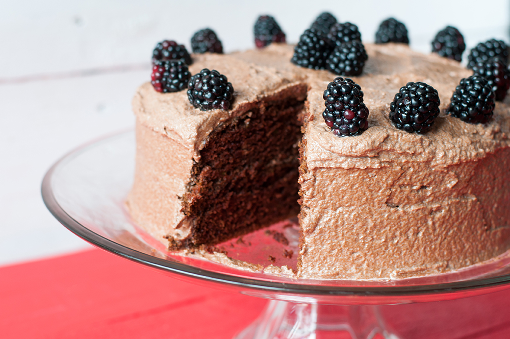 Vegan Mexican Chocolate Cake with a chocolate buttercream frosting. Easy, delicious cake that no one will suspect is vegan! #dessert #cake
