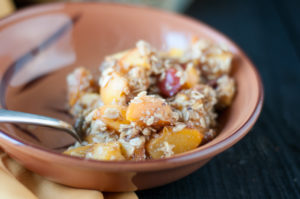 The perfect summer dessert: Peach Crisp! #summer #dessert