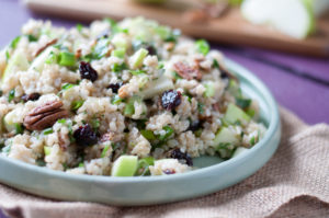 Healthy and easy Brown Rice Salad with Apples and Pecan. A nutritious grain-based salad perfect for lunch. #vegan and #glutenfree