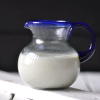 Basic Cashew Crema
