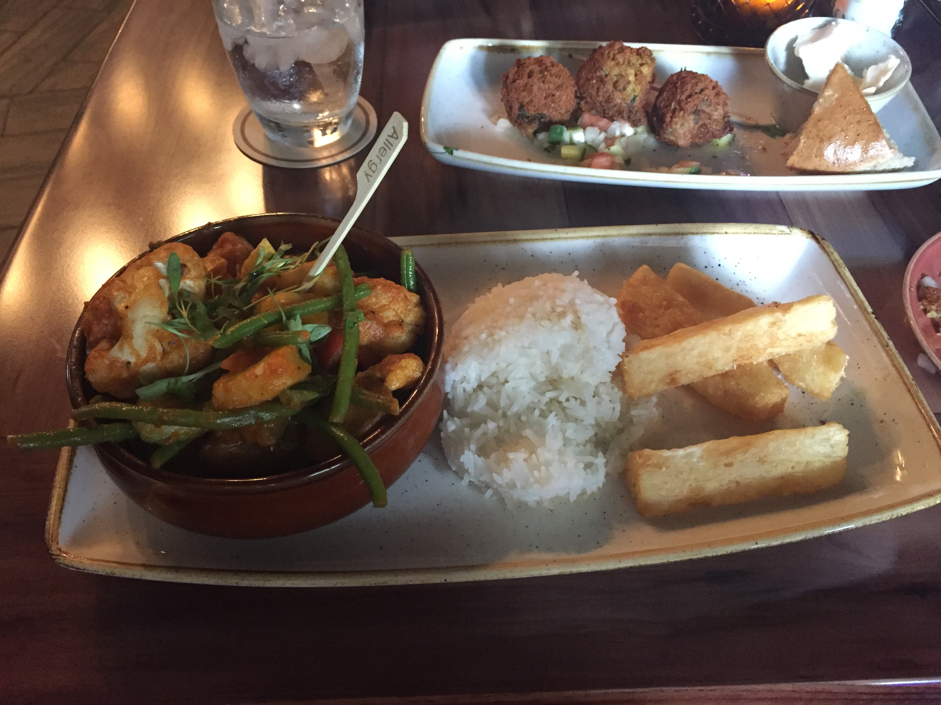 Vegan dining options at Skipper Canteen at Disney's Magic Kingdom #vegan #disneyworld