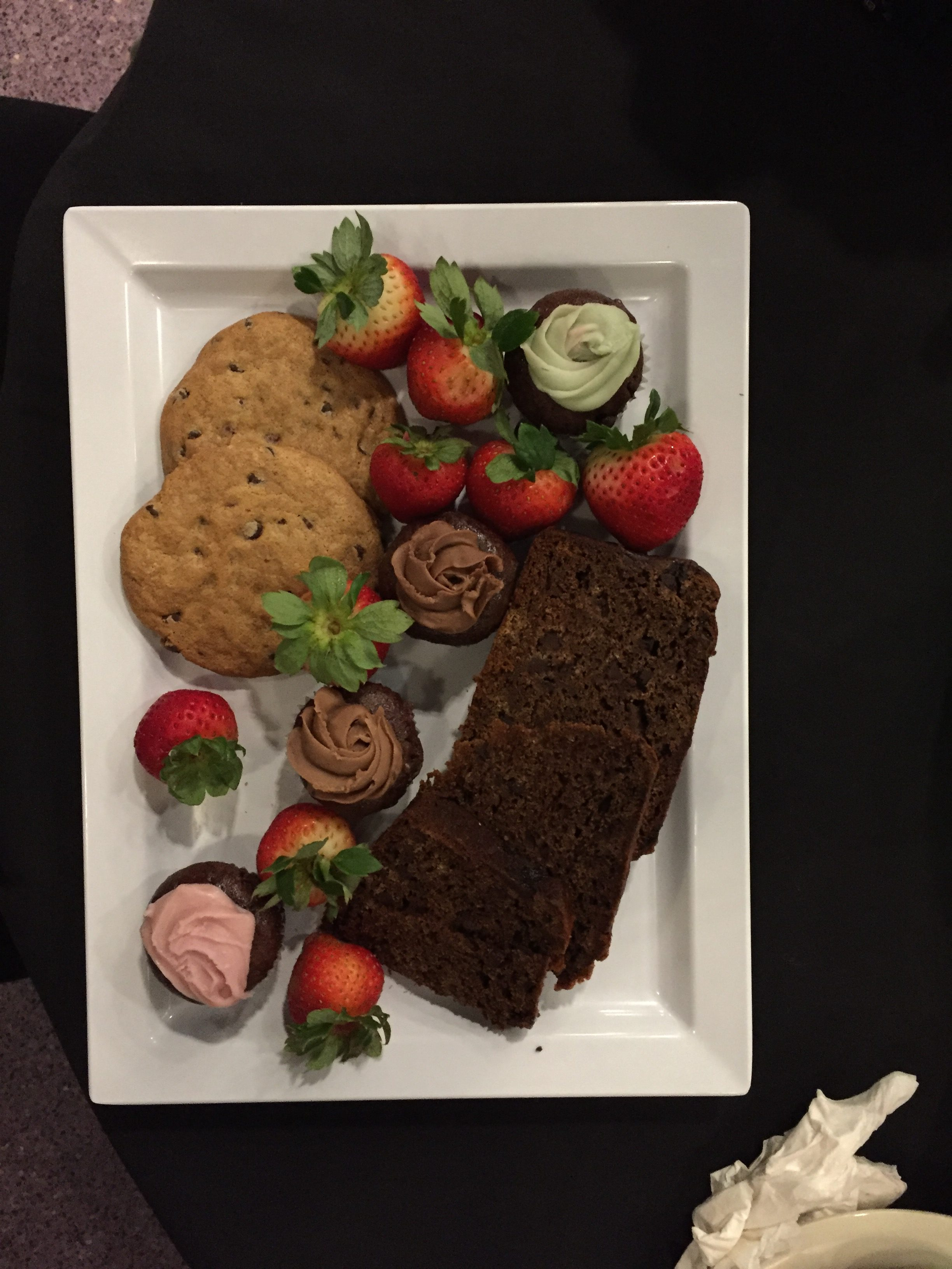 Vegan dessert platter at Disney's Wishes Fireworks Dessert Party #vegan #disneyworld