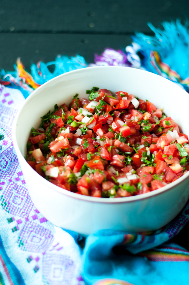 Classic Mexican Pico de Gallo. This fresh tomato salsa is perfect for tacos, chip dipping and burrito bowls!