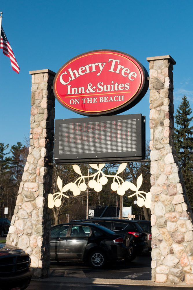Cherry Treen Inn & Suites in Traverse City, Michigan is the perfect waterfront location along the bay.