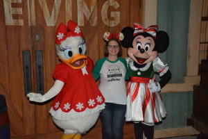 How to prepare for Disney World during the holidays. Tips for your next vacation.