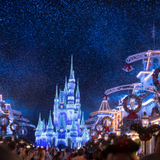 How to Prepare for the Holidays at Disney World