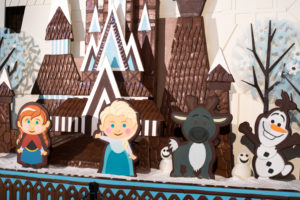 Tips on preparing for you Disney World Vacation during the holidays.
