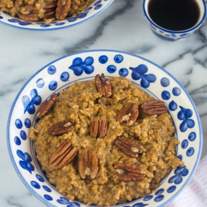 This Slow Cooker Pumpkin Oatmeal is packed with fall flavor! Of course there is pumpkin, but lots of warm, fall spices likecinnamon and pumpkin pie spice.This oatmeal is warm, cozy and perfect for enjoying on a cool fall morning.