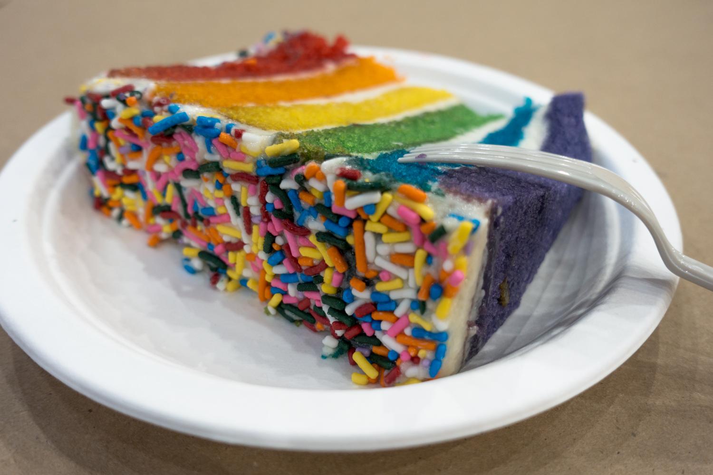 Amazing vegan cake at Chicago VeganMania.