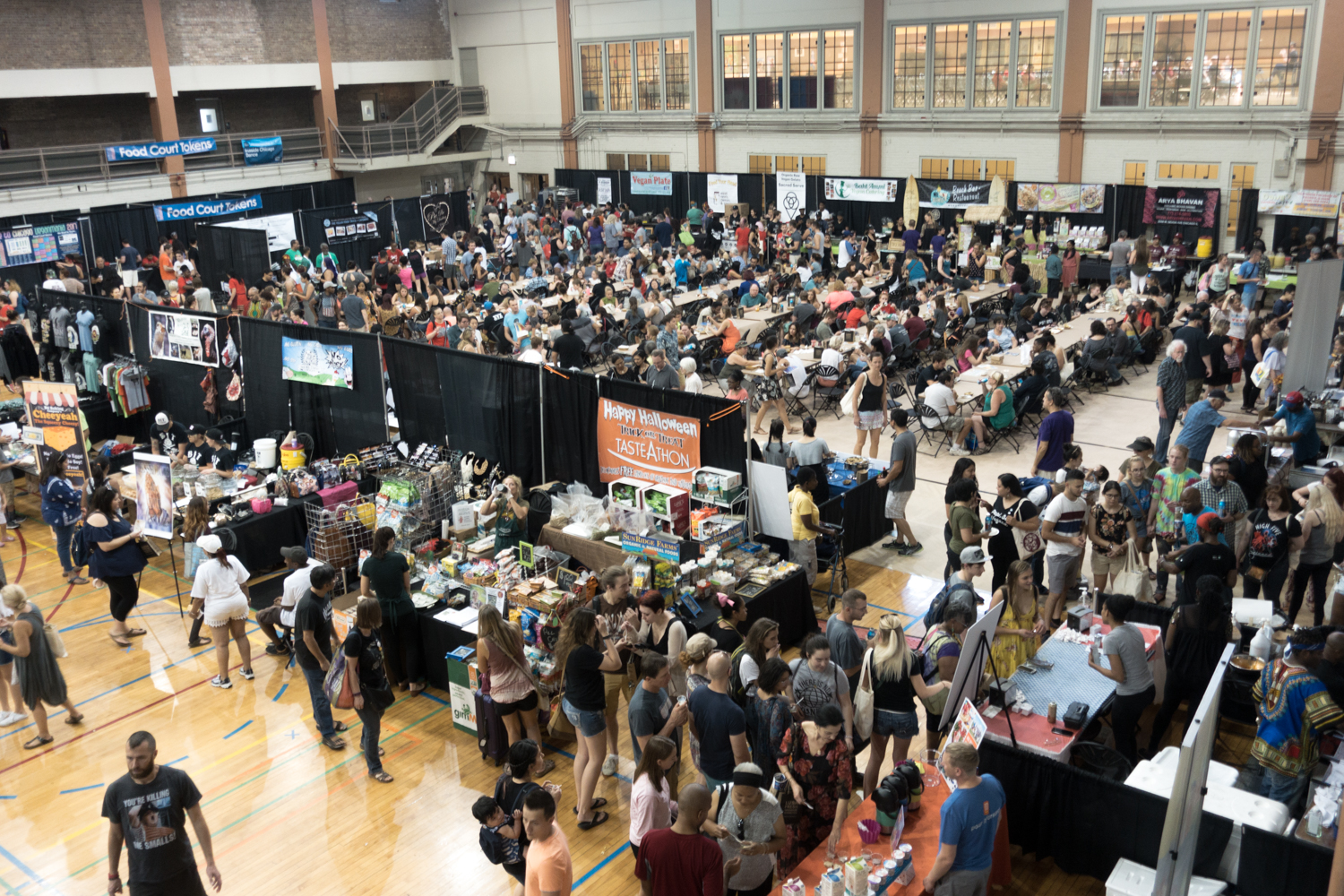 Chicago VeganMania: A Vegan Wonderland of Food. Lots of amazing vegan food, chefs, and exhibitors.
