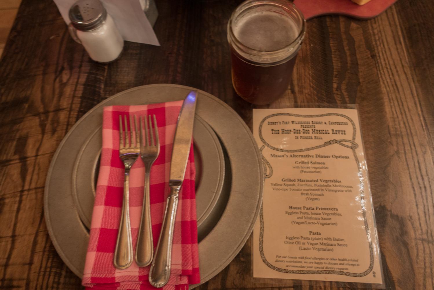 Vegan and Vegetarian dining options at Disney's Hoop-de-doo Revue! #vegandisney #vegan