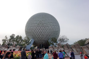 Just in time for your next trip, 10 ways to stay healthy on a Disney World Vacation #disneyworld #healthy #fitness