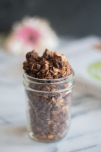 Nutty Chocolate Granola from The Veginner's Cookbook is the perfect breakfast for chocolate lovers! #breakfast