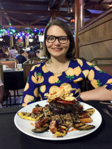 Planning a trip to Walt Disney World and not sure about how to go about dining? This list of my Top Disney World Dining Tips will give you some inside tips on how to plan for your Walt Disney World vacation.