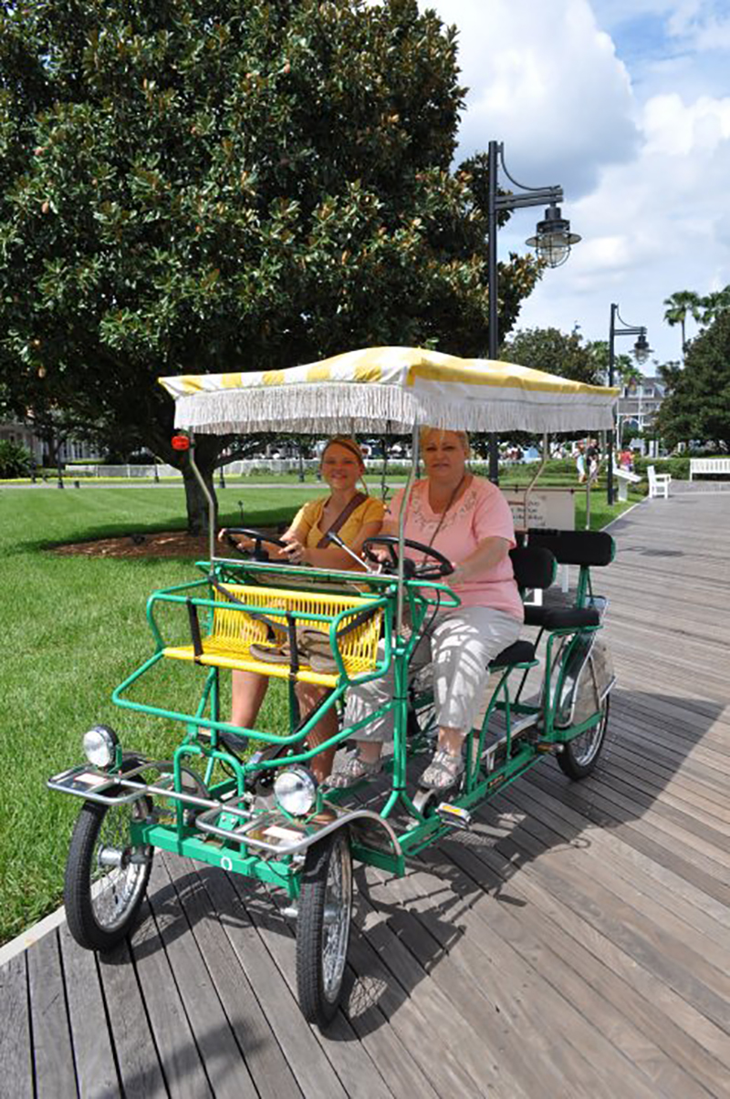 Just in time for your next trip, 10 ways to stay healthy on a Disney World Vacation #disneyworld #travel