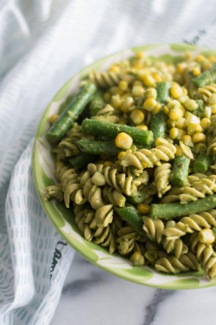 Easy Vegan Pesto Pasta Salad