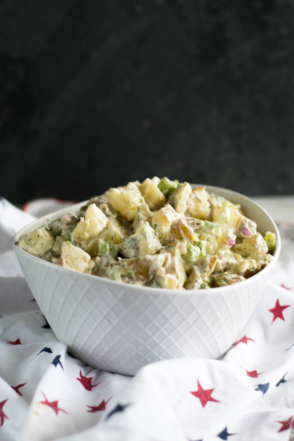 Vegan Dill Potato Salad is perfect for Summer BBQs and picnics! #vegan #summer #BBQ #sides #recipe #potato #salad
