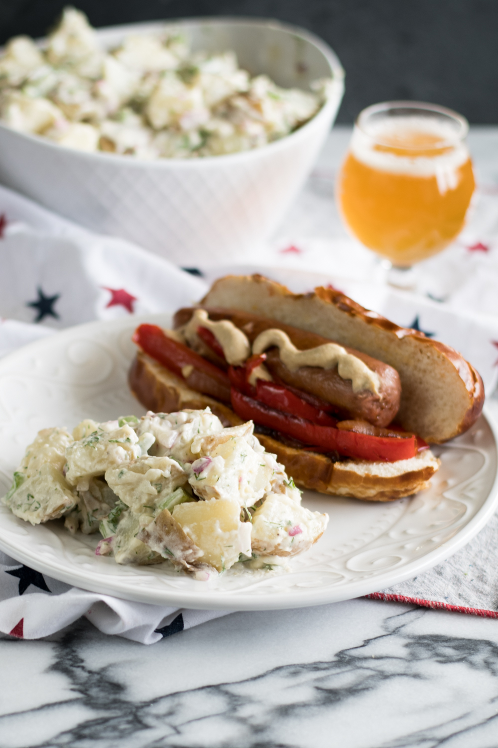 Vegan Dill Potato Salad is perfect for Summer BBQs and picnics! It makes the best side dish!! #vegan #potato #salad #recipe #summer #BBQ