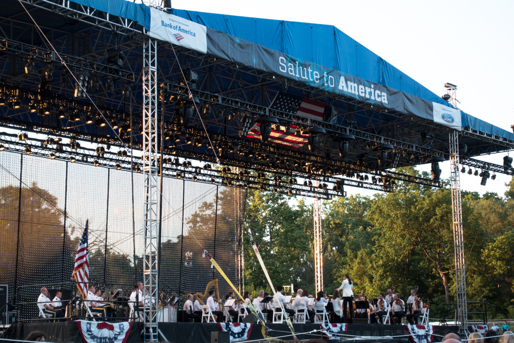 Listen to the Detroit Sympony Orchestra play while you enjoy a picnic with family and friends. It is the perfect way to celebrate the Fourth of July.