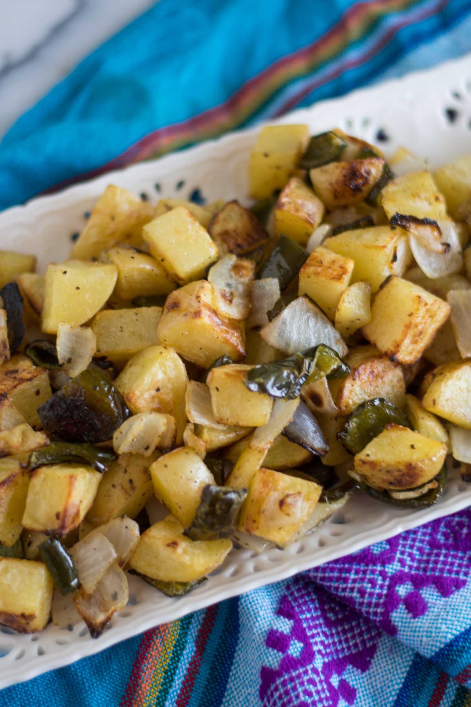 Roasted Breakfast Potatoes are the perfect accompaniment on your breakfast plate! #breakast #vegan #potatoes #side