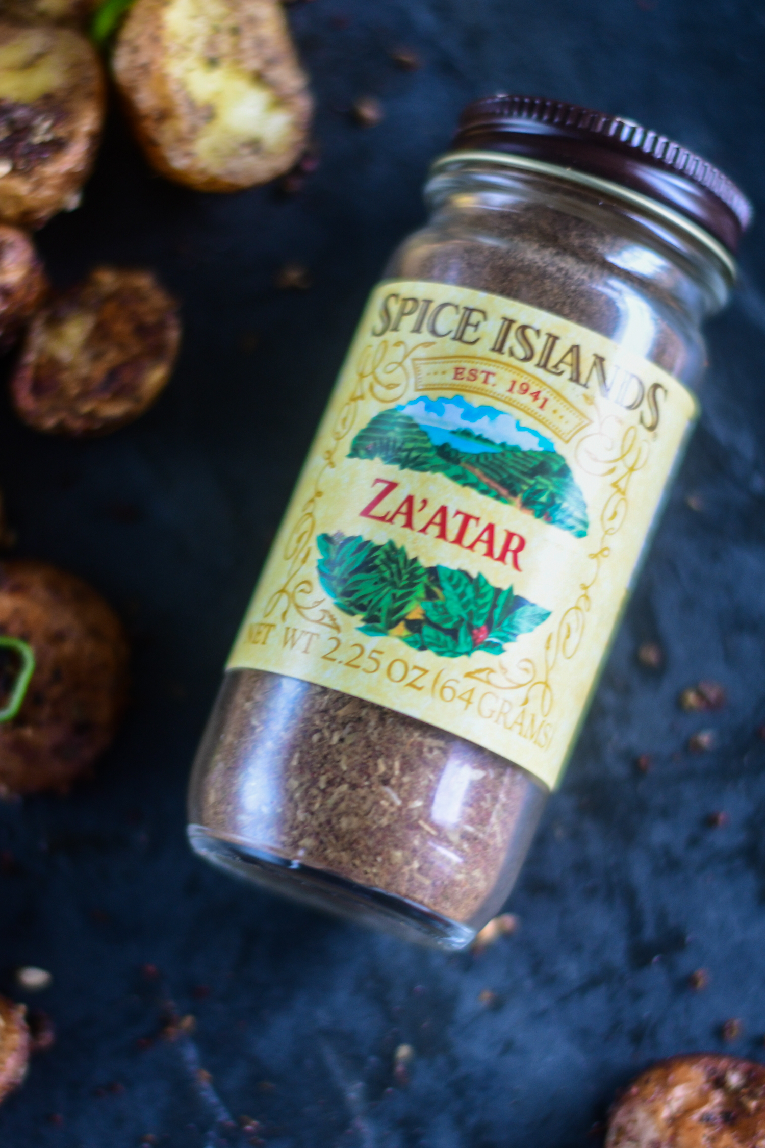 Switch up classic roasted potatoes with these Roasted Za'atar Potatoes instead! It's the perfect accompaniment to any Middle Eastern dinner! #MiddleEaster #Spices #Vegan