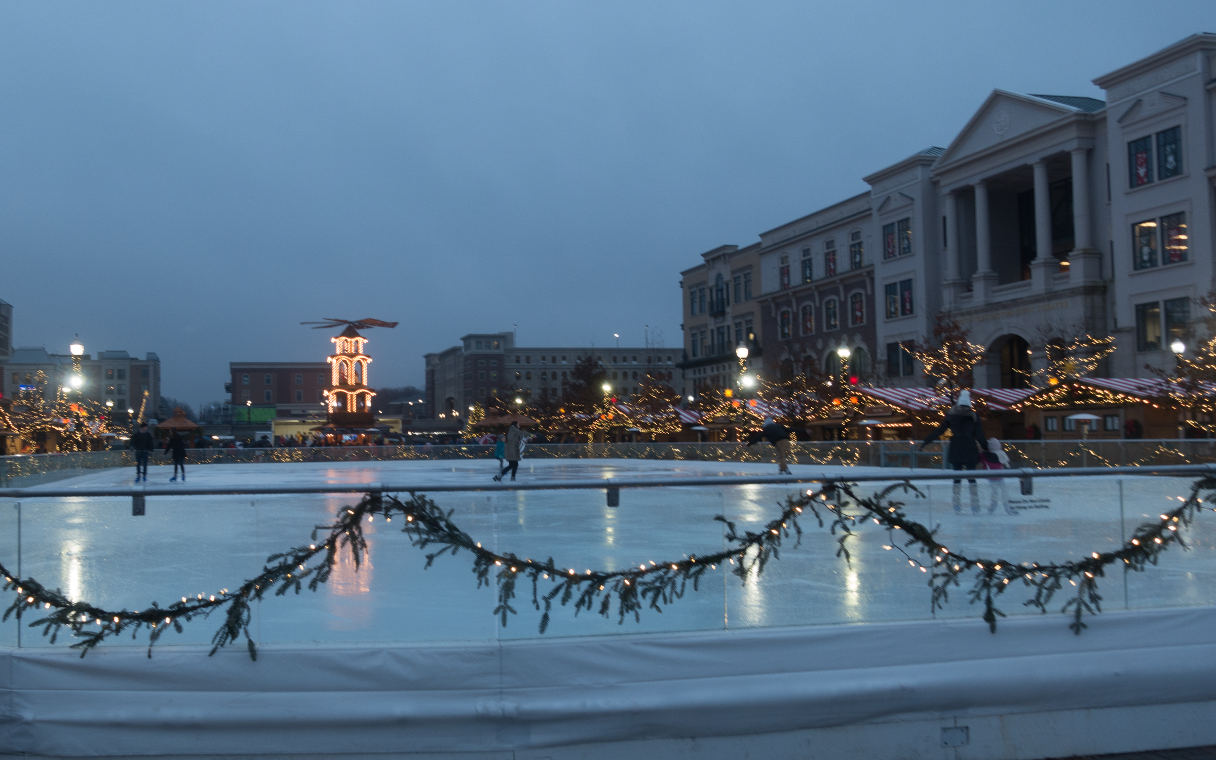 Ice skating is the perfect Christmas and winter activity. While visiting the Christkindlmarkt, be sure to schedule a time to ice skate at Ice at Center Green.