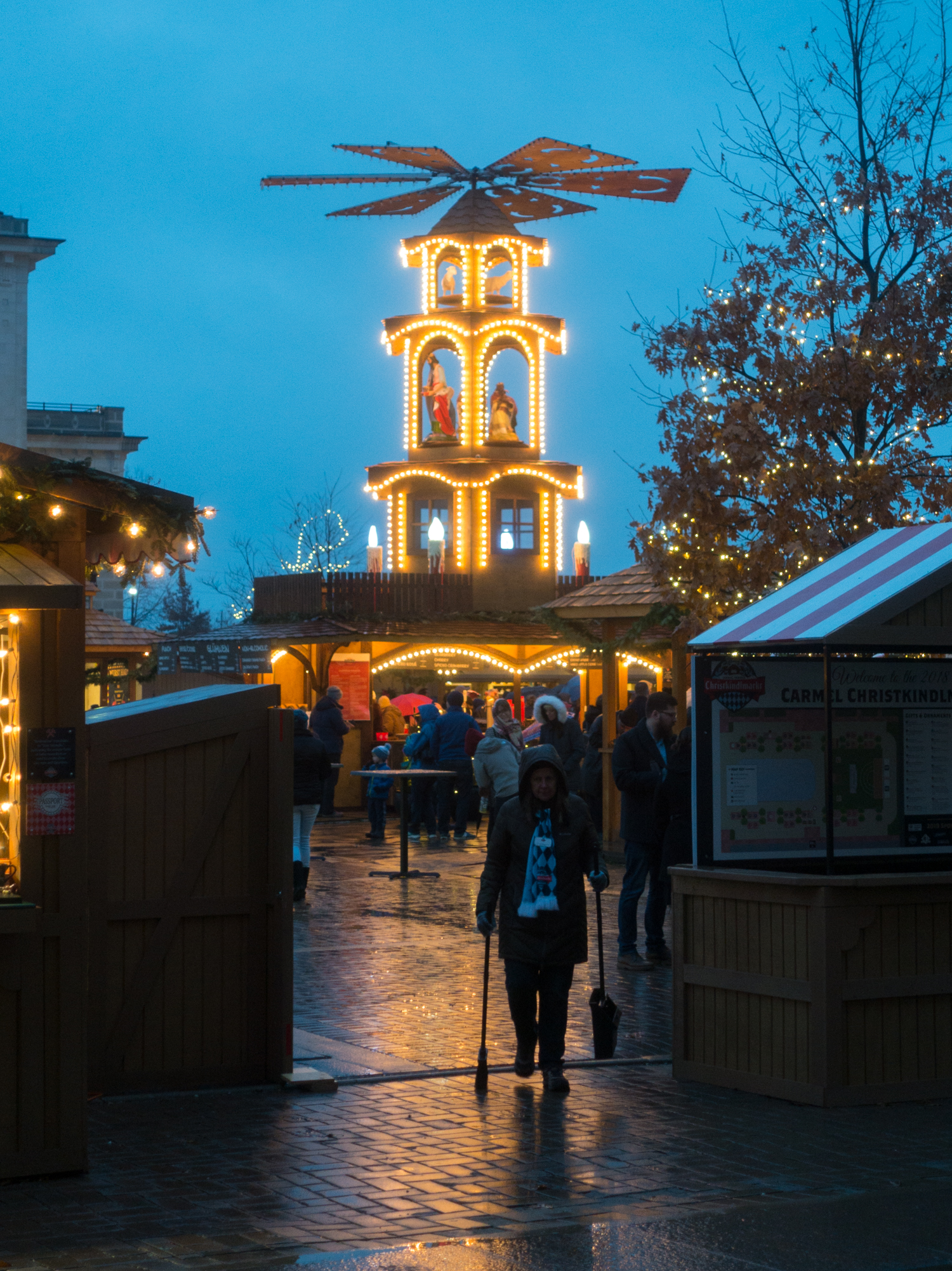 This year the Carmel Christkindlmarkt partnered with Steinbach to bring the German Glühwein Pyramide.