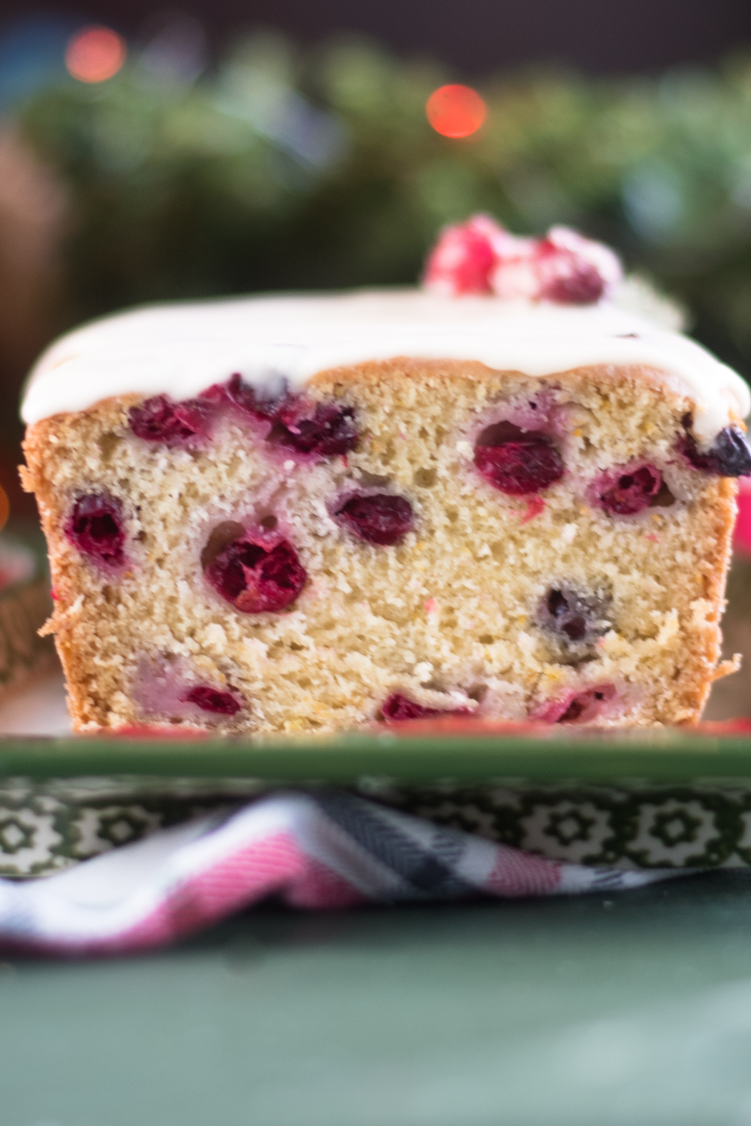 This Vegan Cranberry Orange Pound Cake would be perfect for serving on Christmas! Your family will just love this pound cake. #vegan #Christmas #dessert #recipes