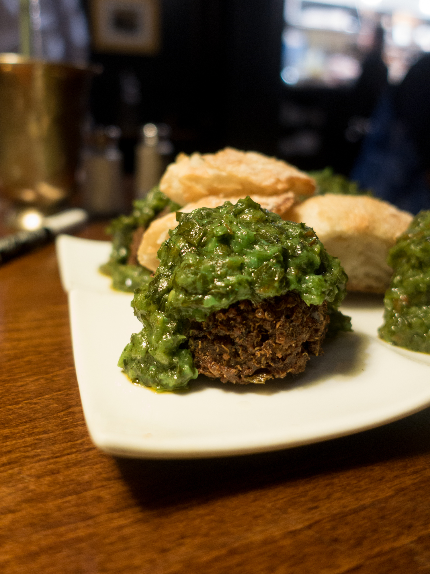 At Mimi Blue Meatballs, you'll find a meatball focused menu. There are meatball options for everyone—even vegan meatballs! #vegan #veganmeatballs #