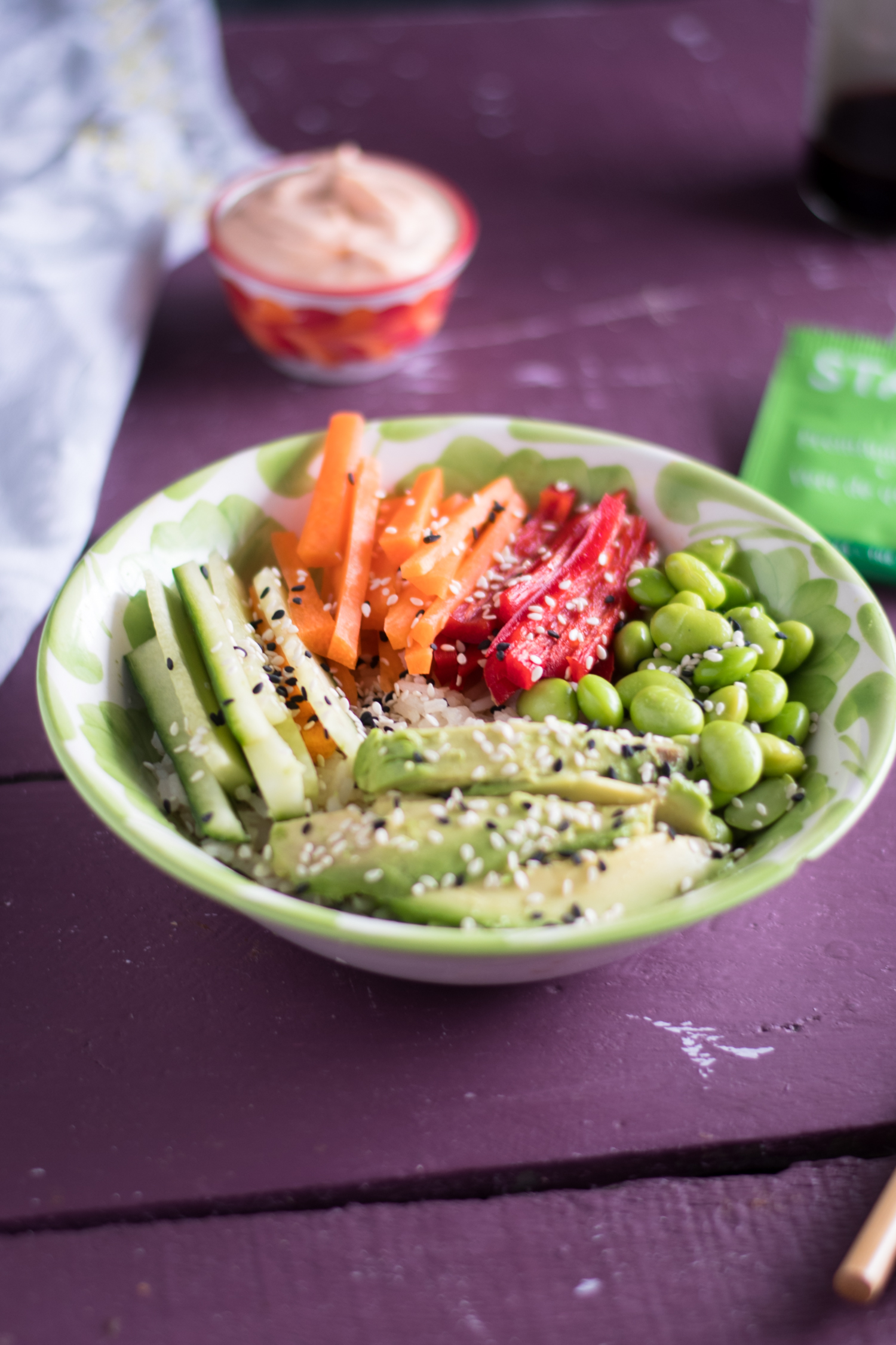 Vegan Sushi Bowls with green tea rice. A healthy plant-based meal! #vegan #rice #sushi #bowl #recipes #healthy #food