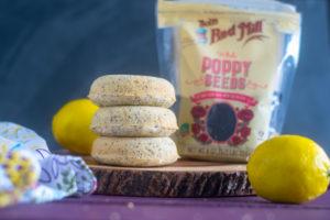 Baked vegan lemon poppy seed donuts #vegan #donuts #lemon #breakfast #recipes