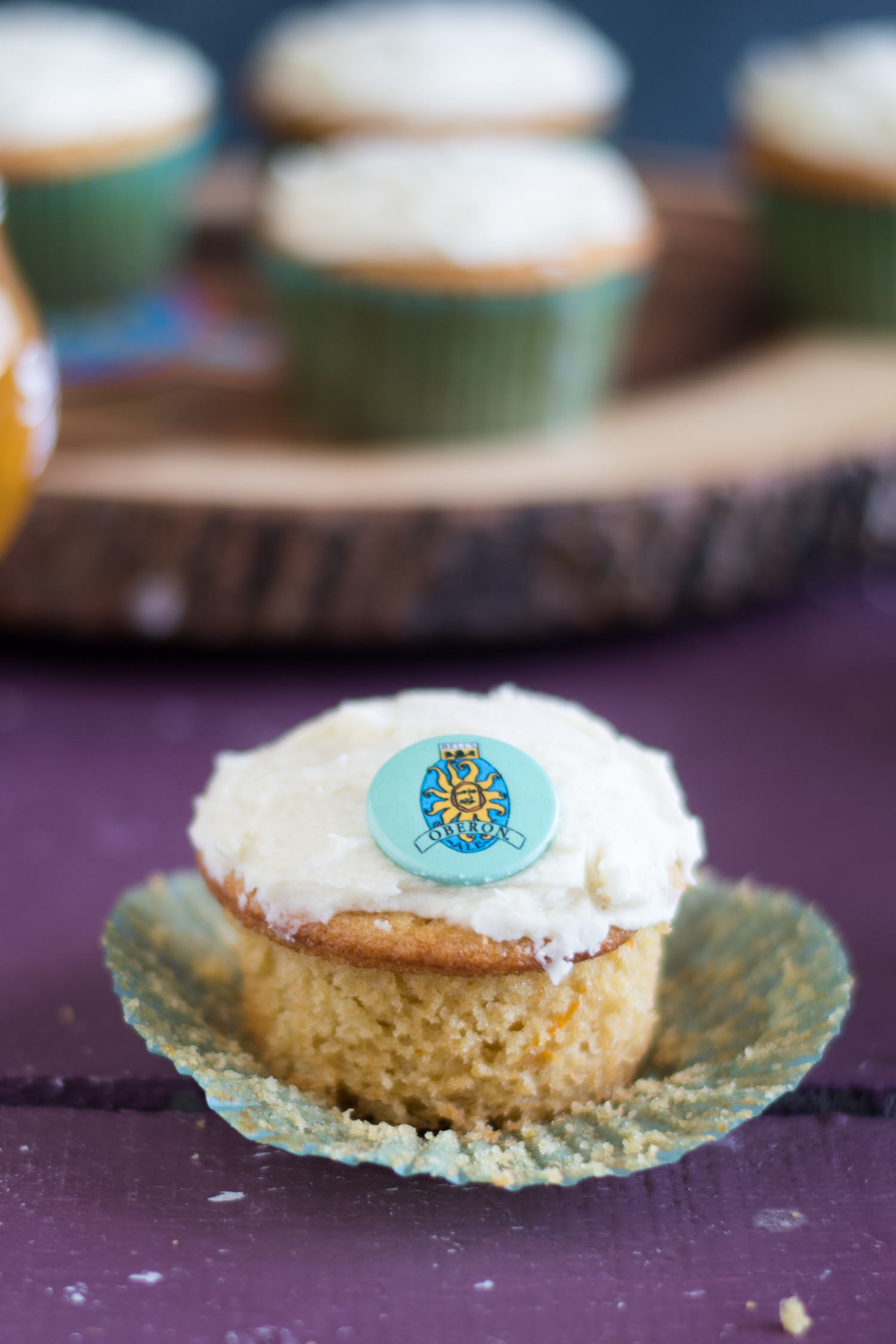 Oberon Orange Cupcakes are the perfect cupcake for spring and summer! #cupcake #dessert