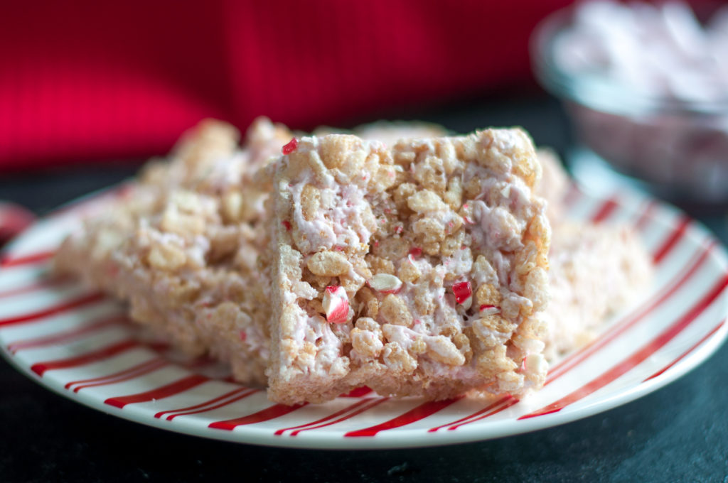 Vegan Peppermint Rice Crispy Treats are a festive  holiday treat that only take a few minutes to make! #desserts #vegan #dairyfree #holidays #Christmas #vegan